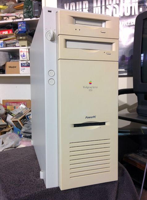 [Snapshot: the Apple Workgroup Server 9150 restoration is complete. @morrick]